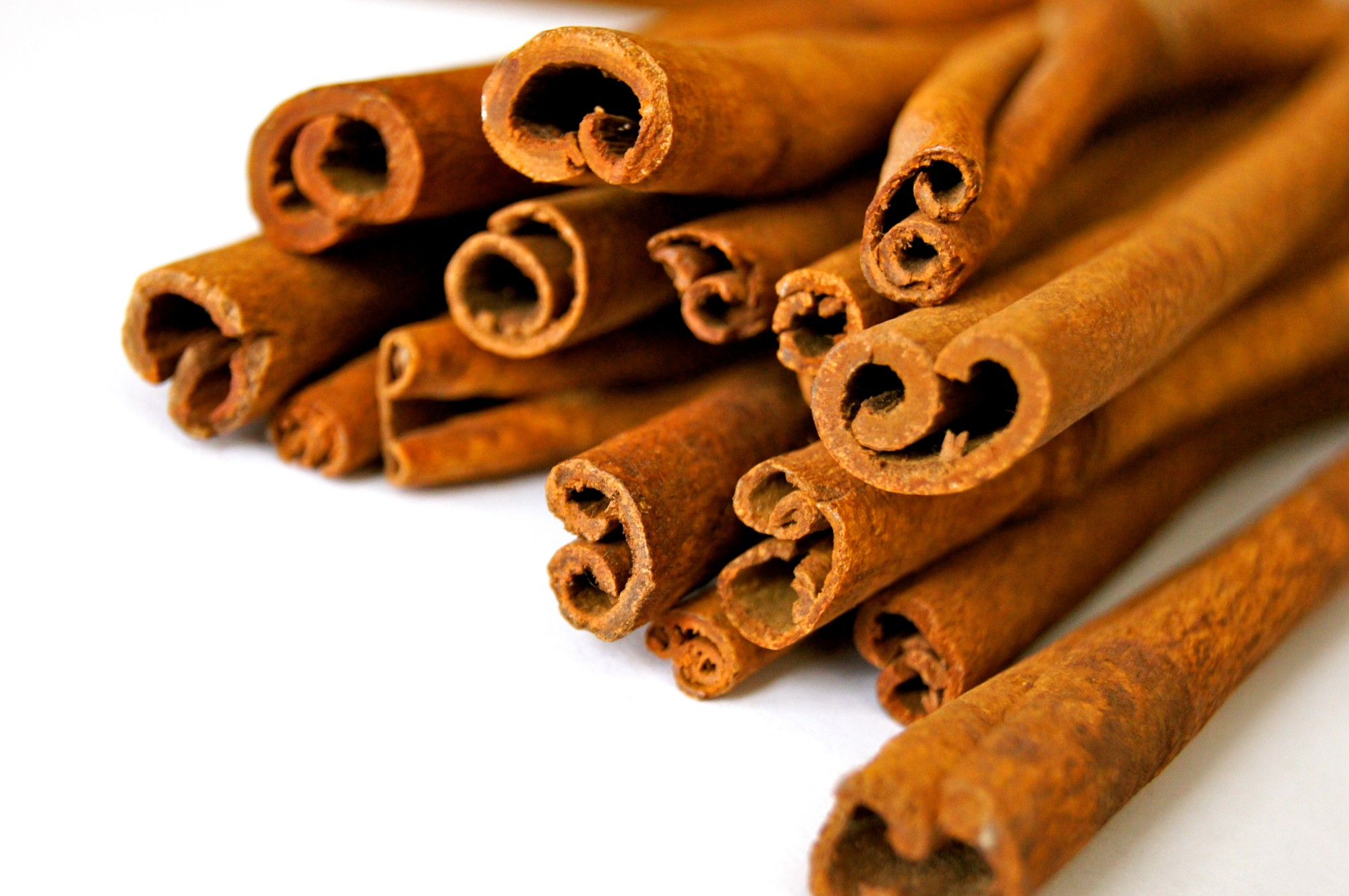 A Foodie's Guide to the Different Types of Cinnamon